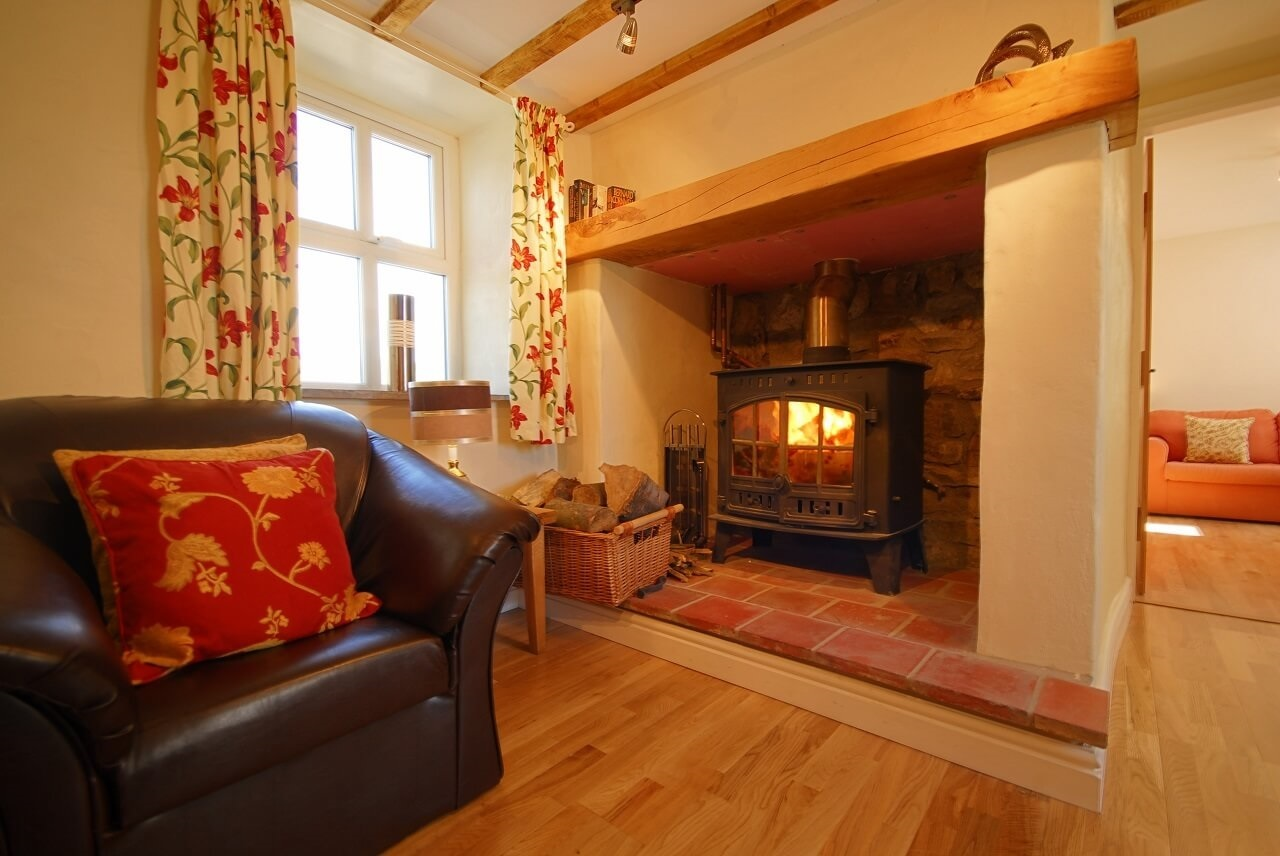 Stunning sea views dog friendly cottage