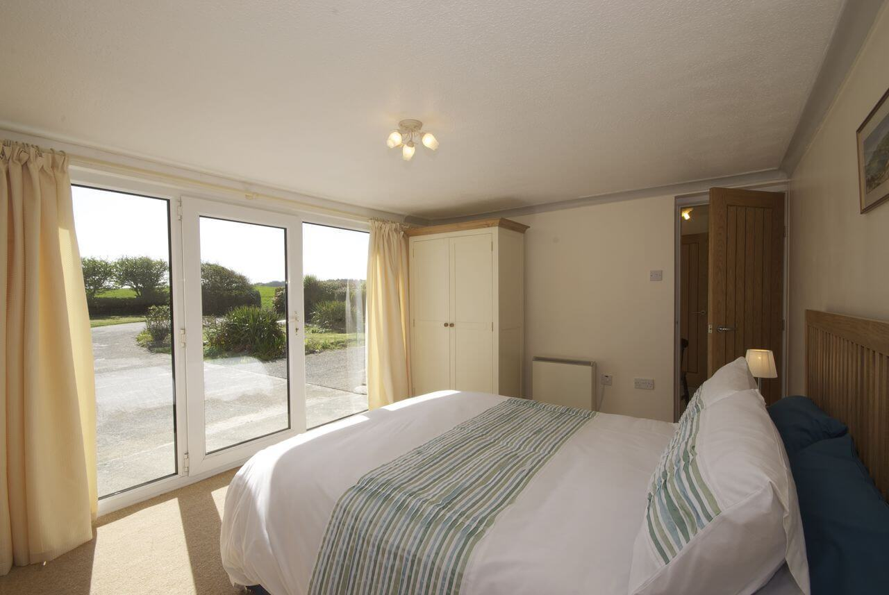 Ground floor ensuite bedroom