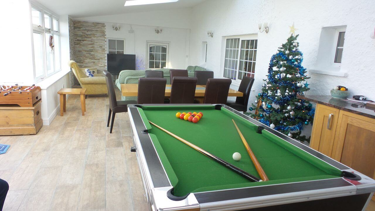 Large cottage with games room